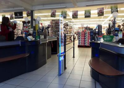 Portique antivol supermarché marque Checkpoint