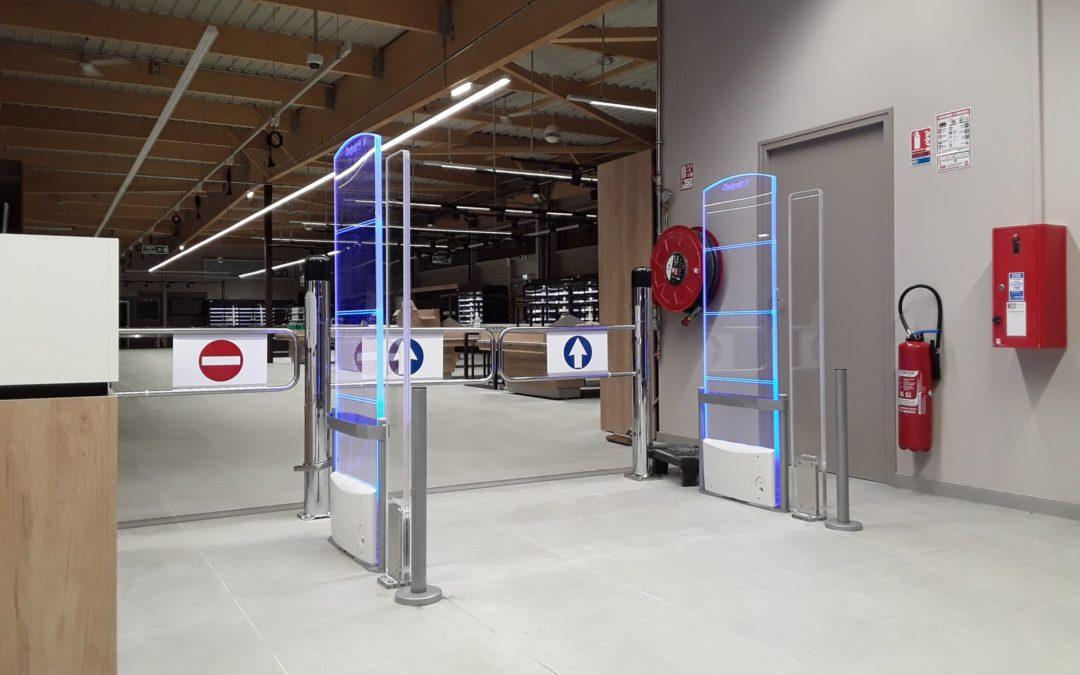 Le portique antivol magasin de Checkpoint, c'est l'acrylique G35 !