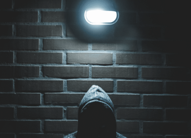 Quel comportement adopter si un voleur à l'étalage entre dans votre magasin ?